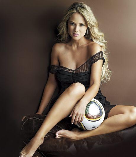Vanessa Huppenkothen - MC boc lua cua ESPN - Anh 5