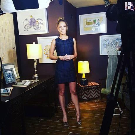 Vanessa Huppenkothen - MC boc lua cua ESPN - Anh 8