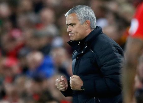 Du am derby mau do: Khi Mourinho chu dong - Anh 3