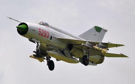 Bat ngo: Viet Nam hien ke giup Nga hoan thien MiG-21 - Anh 10