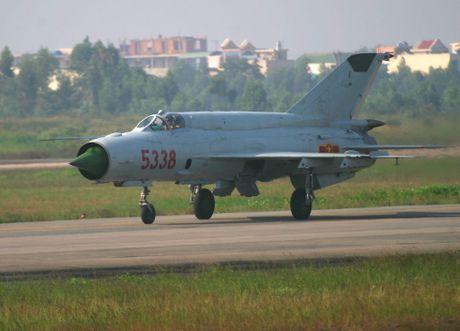 Bat ngo: Viet Nam hien ke giup Nga hoan thien MiG-21 - Anh 9