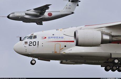 Sieu co van tai Kawasaki C-2 Nhat Ban kho 'de' hang loat - Anh 2