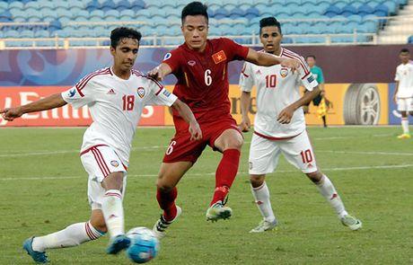 U19 Viet Nam hoa U19 UAE trong the thua nguoi - Anh 1