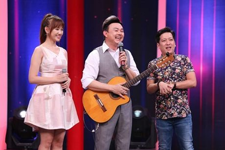 "Sieu bat ngo: Truong Giang ""ngat xiu"" vi Chi Tai va Hari Won song ca - Anh 2"