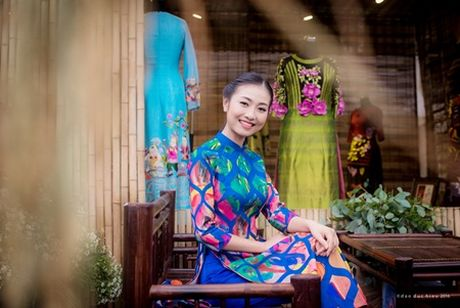 """Ban sao Nguyen Thi Huyen"" lam mau cho Hoa hau Ngoc Han - Anh 6"
