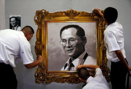 Thai Lan van tong tuyen cu theo ke hoach trong thoi gian de tang vua - Anh 1
