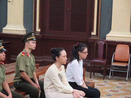 """Tac gia"" tung ""hop dong tinh ai"" trong vu hoa hau Phuong Nga bi kien - Anh 1"