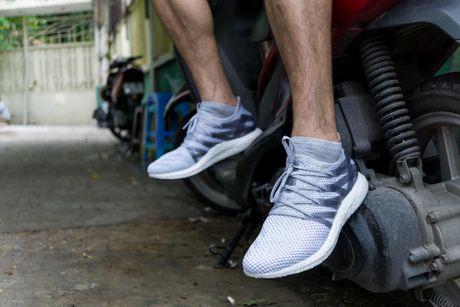 'Tren chan' Adidas MFG, doi giay lam tu nha may robot o Duc - Anh 2