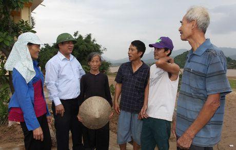 VBSP den voi ba con vung ron lu Quang Binh sau con hoan nan - Anh 2