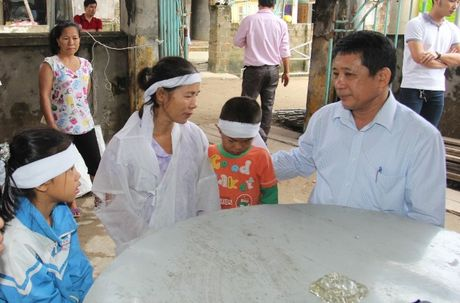 VBSP den voi ba con vung ron lu Quang Binh sau con hoan nan - Anh 4