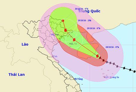 Bao so 7 giat cap 16 cach Quang Ninh-Hai Phong khoang 470km - Anh 1