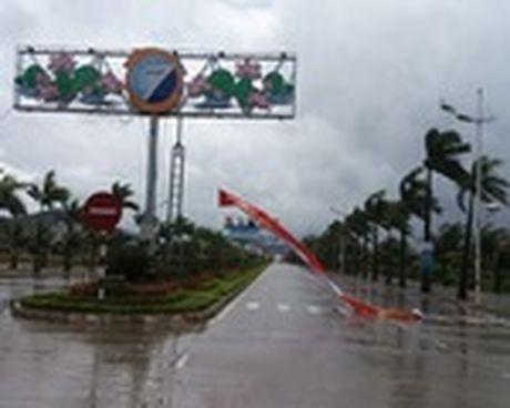 Bao so 7: Quang Ninh da co mua va gio giat manh - Anh 1