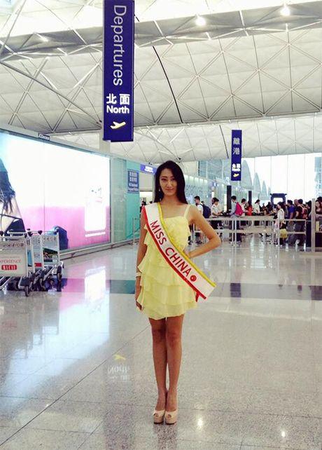 Hoa hau Trung Quoc gay soc vi 'trong nhu dan ong' - Anh 5
