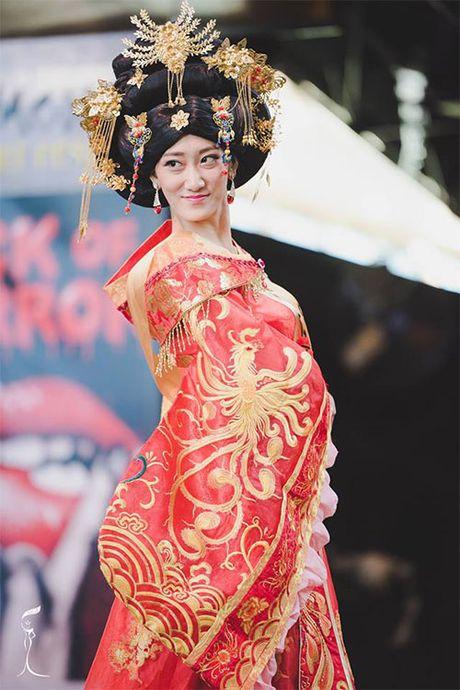 Soc voi nhan sac cua Hoa hau Trung Quoc tai Miss Grand International 2016 - Anh 2