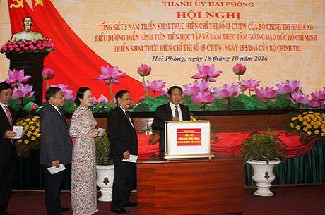Hai Phong: Phat huy hieu qua thuc hien Chi thi so 05-CT/TW cua Bo Chinh tri - Anh 2