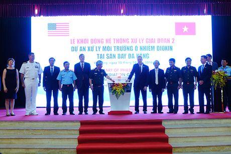 Tay rua o nhiem dioxin, mo rong san bay Da Nang don cac nguyen thu du APEC 2017 - Anh 1