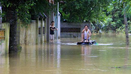 Mua lu lich su o Quang Binh xuat hien tren bao nuoc ngoai - Anh 3