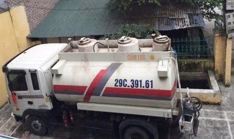 Vu 9.000 lit xang may bay: Ky luat lanh dao Chi cuc QLTT Hung Yen - Anh 1