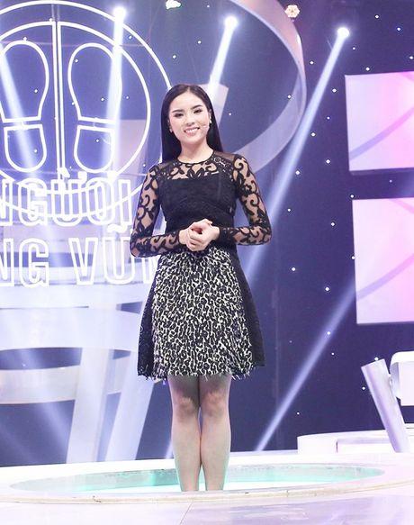 Hoa hau Ky Duyen thang 45 trieu dong tu gameshow truyen hinh - Anh 2