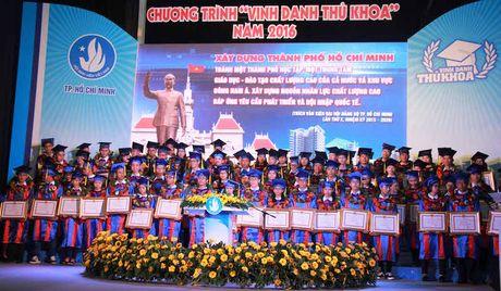 TPHCM vinh danh 83 thu khoa cac truong dai hoc, cao dang - Anh 6