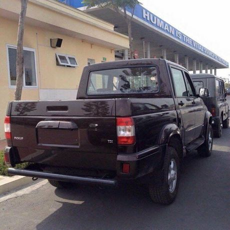 Nhung chiec xe Nga huong thue 0% dau tien da ve Viet Nam - Anh 4
