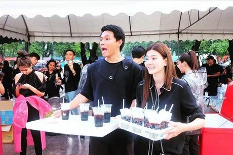 Thai Lan: Phuc vu mien phi cho nguoi dan vao vieng Nha vua - Anh 5