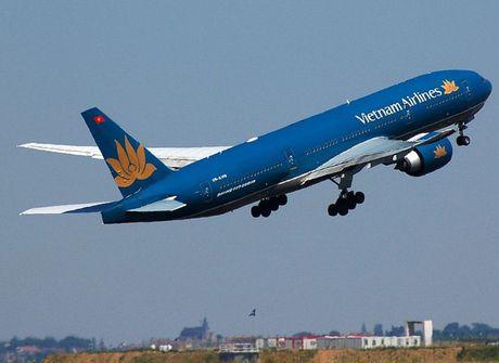 Vietnam Airlines hoan hang loat chuyen bay di den Hai Phong do bao Sarika - Anh 1