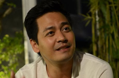 MC Phan Anh van dong duoc 10 ty cho ba con mien Trung sau 48 tieng - Anh 1