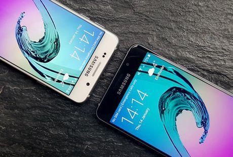 Top 4 smartphone dang mua tang phai dep dip 20/10 - Anh 4