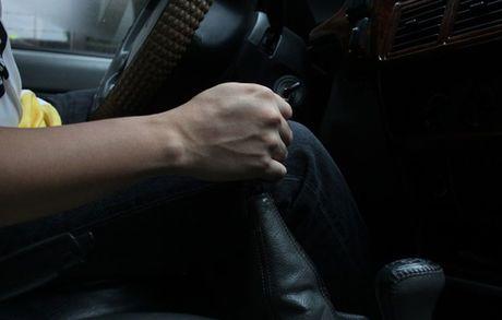 Vu ga ve so - ky nang can biet khi lai xe so san - Anh 4