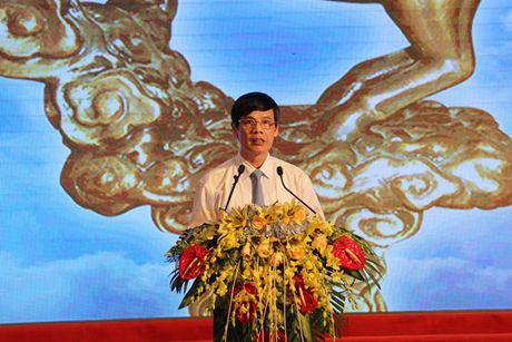 Le ton vinh doanh nhan va san pham tieu bieu tinh Thanh Hoa 2016: Tieng noi chung sau khong it song gio - Anh 1