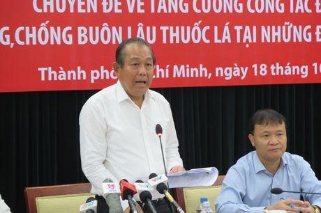 Pho thu tuong Truong Hoa Binh: Xe buon lau noi duoi nhau nhu 'tieu doi, trung doi' - Anh 1