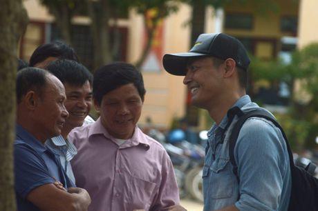 Phan Anh: 'Den tan noi moi hieu ro vat va cua nguoi vung lu' - Anh 1