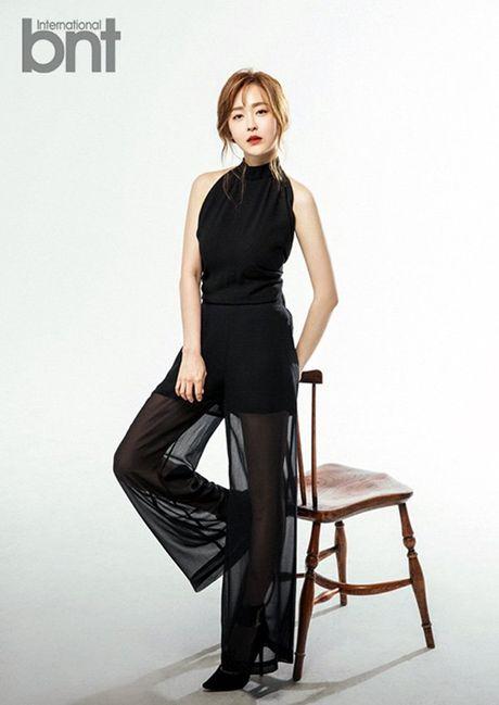 Nang WAGs chau A lam 'day song' NH Anh - Anh 3