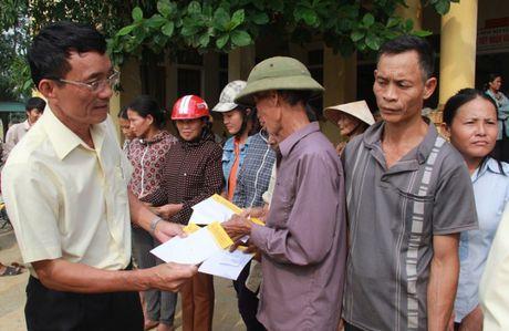 Cienco4 ho tro 200 suat qua cho vung ron lu Huong Khe - Anh 1