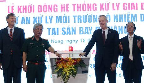 Tay sach dioxin, mo rong san bay Da Nang phuc vu APEC 2017 - Anh 1
