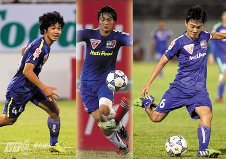 Cong Phuong, Tuan Anh, Xuan Truong ve khoac ao U21 HAGL - Anh 1