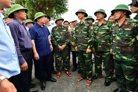 Bao so 7: Sap do bo vao Quang Ninh- Hai Phong - Anh 1
