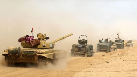 Quan doi Iraq kiem soat gan 20 ngoi lang o ngoai o Mosul - Anh 1