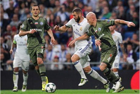 Ronaldo khong ghi ban, Real van de dang 'huy diet' Legia - Anh 3