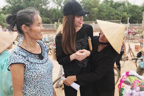 Hanh dong dep cua loat my nhan Viet dip 20/10 - Anh 2
