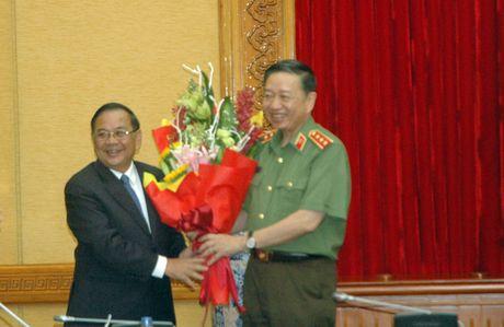 Bo truong To Lam gap mat doan dai bieu cuu sy quan An ninh mien Nam - Anh 4