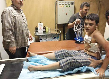 Phien quan ban pha mien Tay Aleppo bat chap ngung ban nhan dao - Anh 1