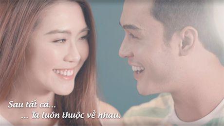 "Dieu gi khien MV ""Sau tat ca"" version song ca lam dan mang ""thon thuc""? - Anh 2"