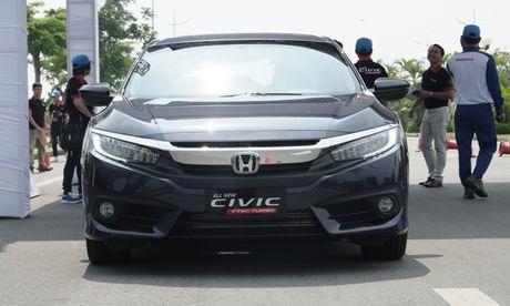 Kham pha VTEC Turbo – vu khi moi cua Honda Civic - Anh 4