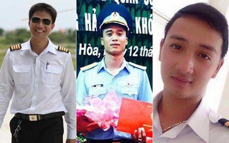 Truy thang quan ham cho 3 phi cong hy sinh trong vu roi truc thang - Anh 1