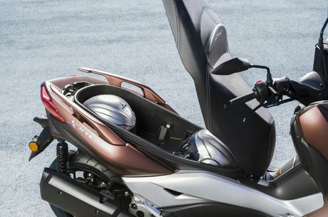 Yamaha ra mat Scooter X-MAX 300 - Anh 6