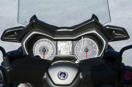 Yamaha ra mat Scooter X-MAX 300 - Anh 7