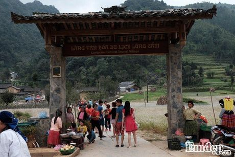 Len Ha Giang bang qua dong tam giac mach tham nha cua Pao - Anh 1