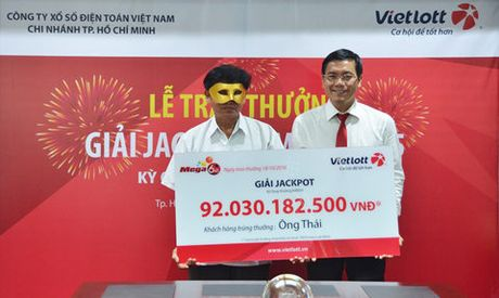 Trung xo so 92 ty: Ong Thai thay doi hinh thuc chuyen tien - Anh 1